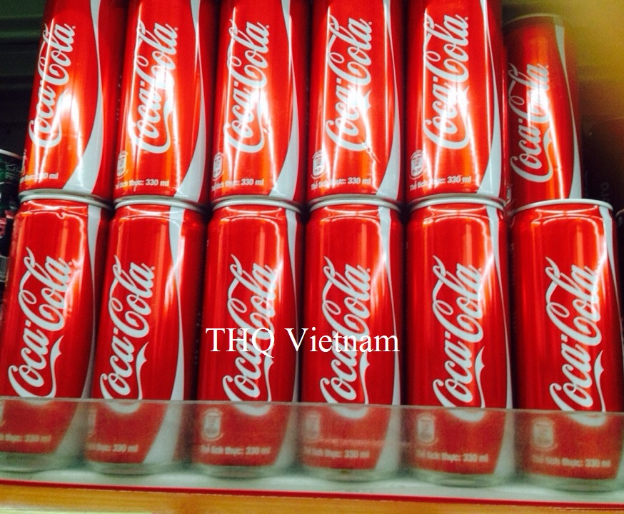 Coca Cola carbonated drink 330ml Can