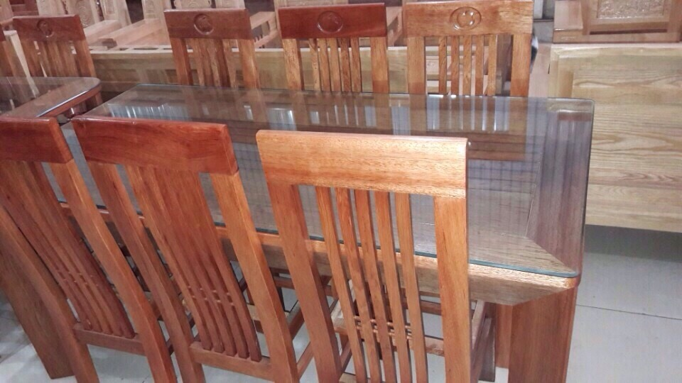 Dinner Table and Chairs Oval Wood
